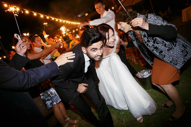 The farewell of the bride and groom from Clean Slate, Willunga